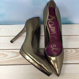 Beautiful Sam Edelman Gold heels